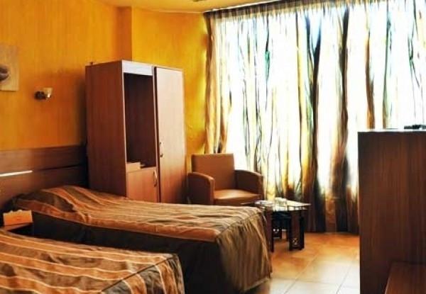 هتل ملک